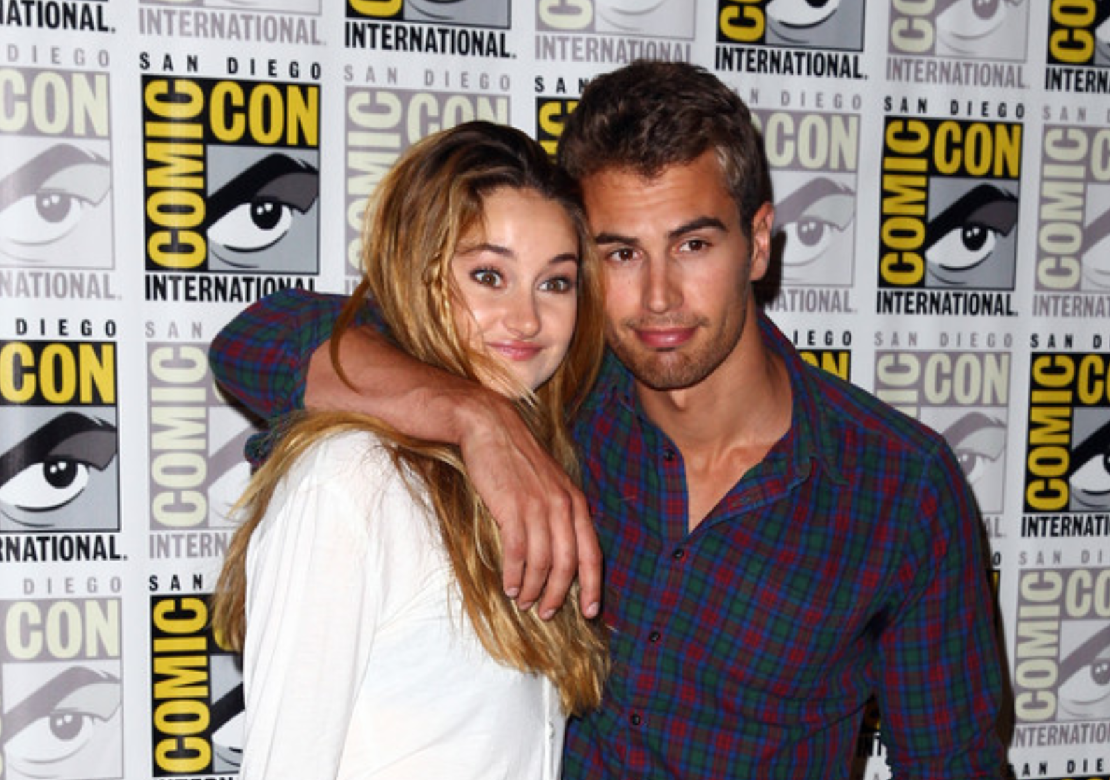 Sdcc tips july 18 2014 comic con tips shailene theo m4hsunfo